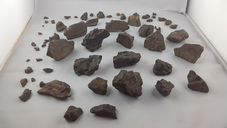 1 kg of unclassified NWA meteorites