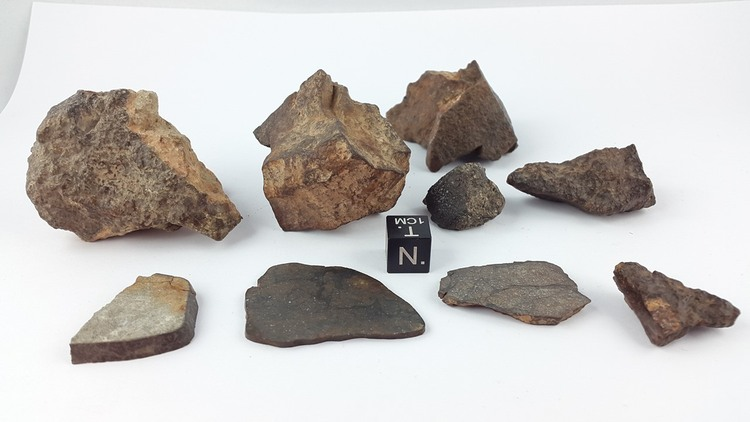 189.7 g of unclassified NWA meteorites
